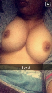 photo sexy de femme nue   des jolies femmes sexy et ultra hot en selfie et photo porno